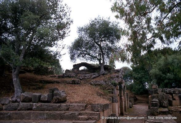 [040-1978-06] Tipasa de Maurétanie : Environs des temples