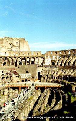 [C010-2001-16] Rome - Colisée