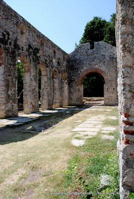 [NU902-2010-135] Butrint (Buthrotum) : Basilique chrétienne reconstruite à l'époque vénitienne