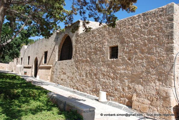 [NU900-2012-0132] Agia Napa : Façade Sud du monastère