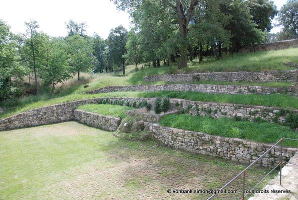 [NU003-2017-104] 13 - La Roque d'Anthéron - Abbaye de Silvacane : Jardins et source