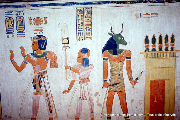 [066-1981-11] QV 44 Khaemouaset : Ramsès III - Khaemouaset - Dendeni