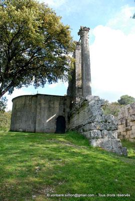 [NU001b-2018-0010] Vernègues (Alvernicum) : Chapelle Saint-Cézaire accolée au temple romain