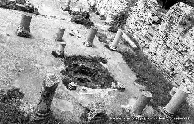 [NB011-1981-12] Carthage (Carthago) : Damous el Karita - Baptistère