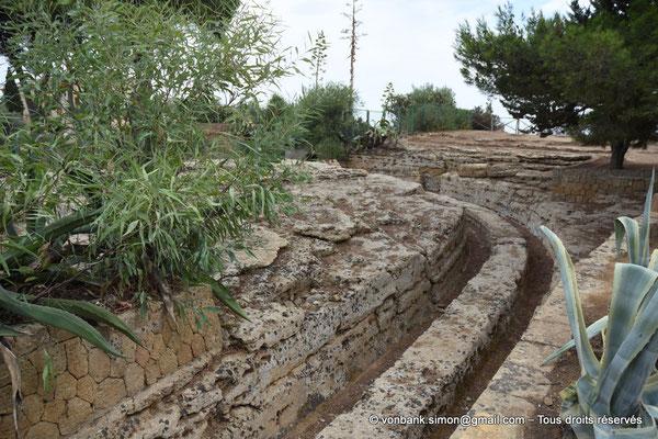 [NU906-2019-1612] Agrigente - Anciennes canalisations d'eau potable (?)