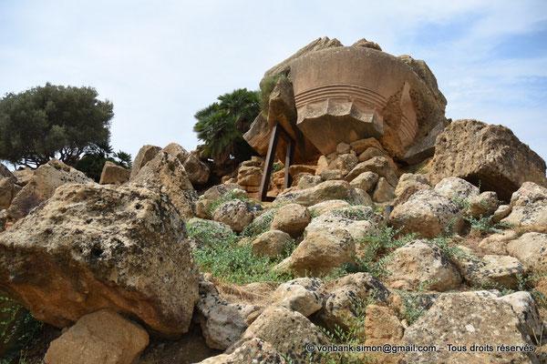 [NU906-2019-1587] Agrigente - Temple de Zeus Olympien : Ruines situées au Sud-Est du temple