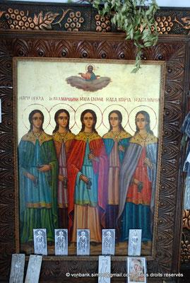 [NU900x-2013-0254] Crète - Argyroupoli : Chapelle Pende Parthenes (Cinq Vierges) : Thekla, Marianna, Athena, Martha et Maria