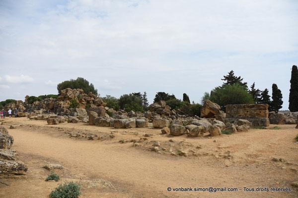 [NU906-2019-1593] Agrigente - Temple de Zeus Olympien : Ruines situées au Nord du temple