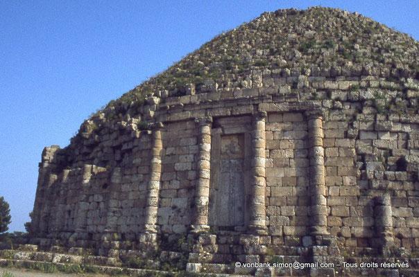 [045-1978-37] Sidi Rached : Mausolée royal de Maurétanie