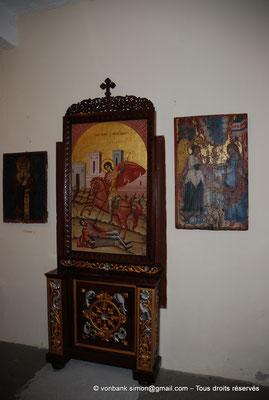 [NU900x-2013-0125] Crète - Chrysoskalítissa : Petit musée (détail)