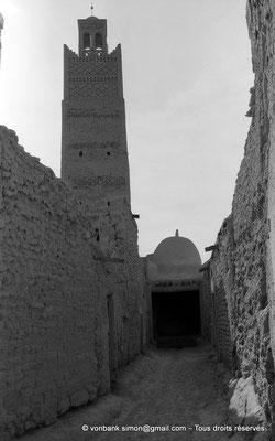 [NB050-1978-01] Temacine-Tamelhat - Minaret de la mosquée de Si El Hadj Temacine
