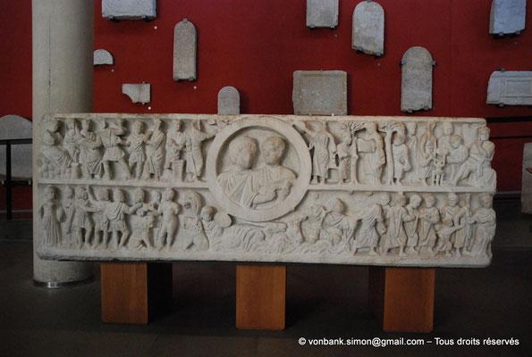 [NU001k-2018-0055] Arles (Arelate) : Sarcophage de la chaste Suzanne, milieu du IV° siècle - Provient des Alyscamps