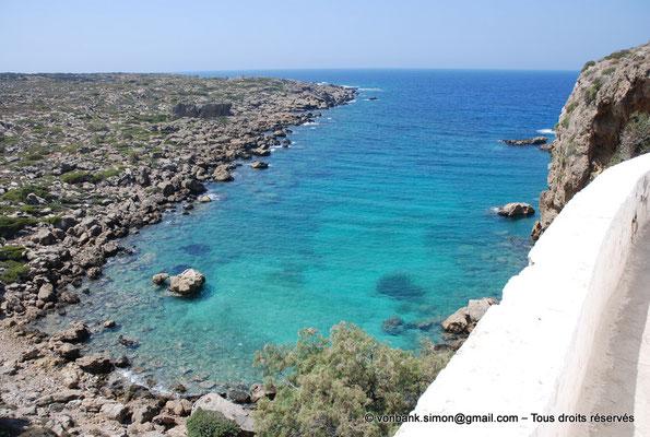 [NU900x-2013-0131] Crète - Chrysoskalítissa : Eaux cristallines et turquoises de la méditerranée (vue depuis l'esplanade de l'église)