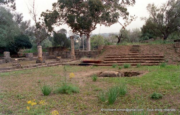 [C002-1990-00a] Tipasa de Maurétanie : Temple anonyme