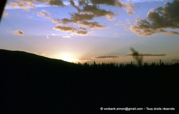 [020-1978-12] Hammam Meskoutine (Aquae Thibilitanae) : Coucher de soleil