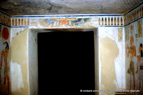 [064-1981-30] QV 44 Khaemouaset : Porte d'accès à la salle du sarcophage