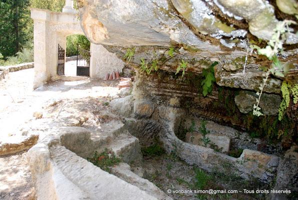 [NU900x-2013-0250] Crète - Argyroupoli : Nécropole romaine