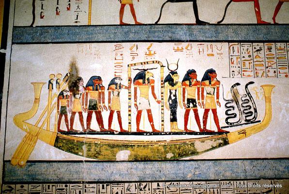 [066-1981-22] KV 6 Ramsès IX : La barque solaire (2ème Heure de l'Amdouat)