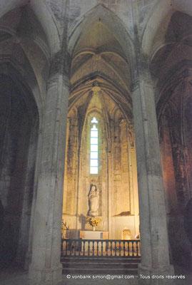 [NU001-2017-552] 34 - Villeveyrac - Valmagne : Statue de la Vierge (XVII°) (Chapelle du chevet)