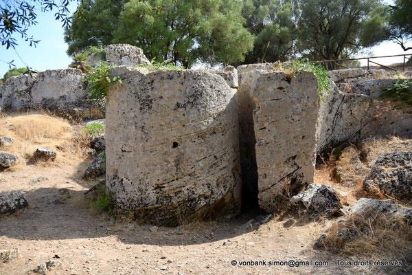 [NU906-2019-1531] Cave di Cusa : Tambour en attente de désolidarisation de la carrière