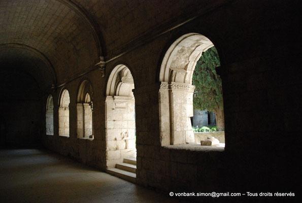 [NU003-2017-066] 13 - La Roque d'Anthéron - Abbaye de Silvacane : Cloître