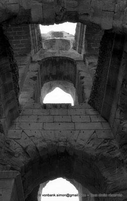 [NB011-1981-29] El Djem (Thysdrus) : Amphithéâtre