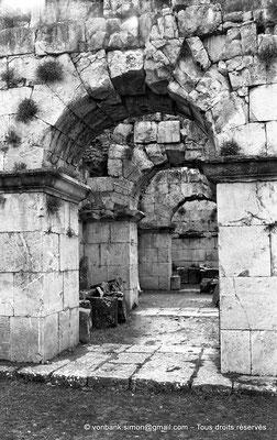 [NB059-1978-31] Djemila (Cuicul) : Sous-sols du Capitole