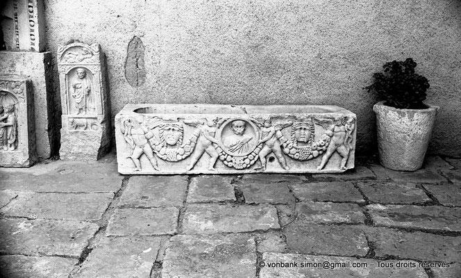 [NB022-1978-36] Timgad (Thamugadi) : Musée - Sarcophage