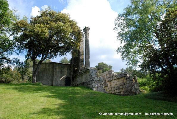 [NU001b-2018-0015] Vernègues (Alvernicum) : Chapelle Saint-Cézaire accolée au temple romain
