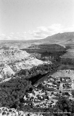 [NB051-1978-28] Rhoufi et ses environs