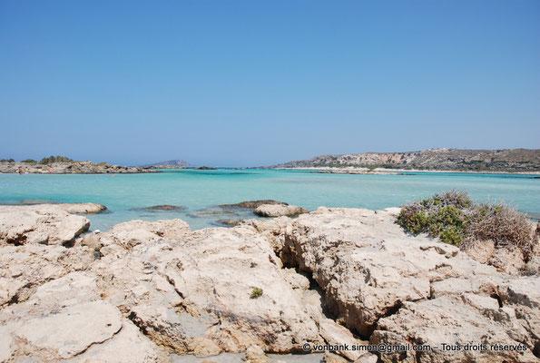 [NU900x-2013-0085] GR - Crète - Elafonissi : Eaux cristallines de la lagune