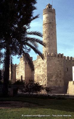 [011-197 -08] Sousse (Hadrumetum) : Ribat (Angle Sud-Est et sa tour-minaret)