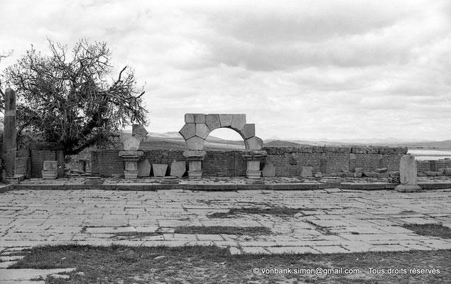 [NB035-1978-18] Timgad (Thamugadi) : Marché de Sertius