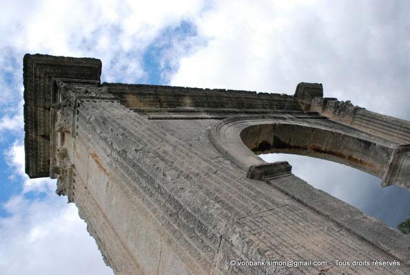 [NU001h-2018-0013] Saint-Chamas - Pont Flavien