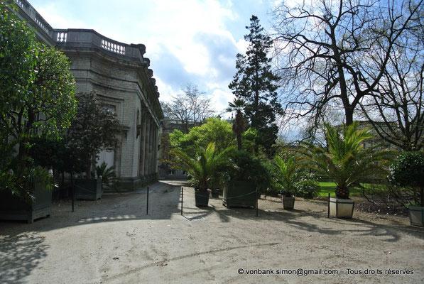 [NU900b-2012-0021] B - Bruxelles - Laeken : Serres royales - Accès au jardin d'hiver