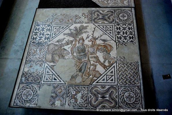 [NU001k-2018-0049] Arles (Arelate) : Mosaïque d'Orphée, découverte en 1934 à Trinquetaille (Arles), III°-IV° siècle