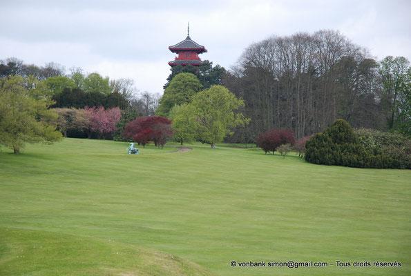 [NU900c-2012-0086] B - Bruxelles - Laeken : le Parc - Tour japonaise