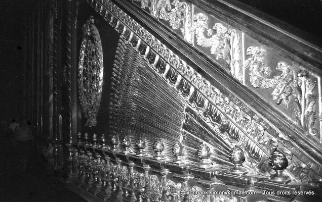 [NB072-1973-28] Le Caire - Mosquée Mohamed Ali Pacha : Minbar en bois sculpté