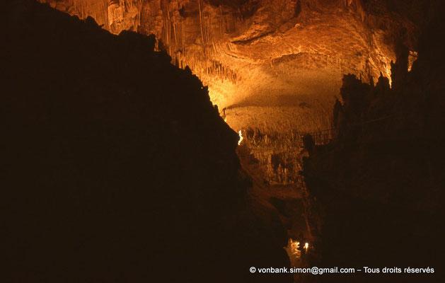 [085-1973-38] Grottes de Jeita