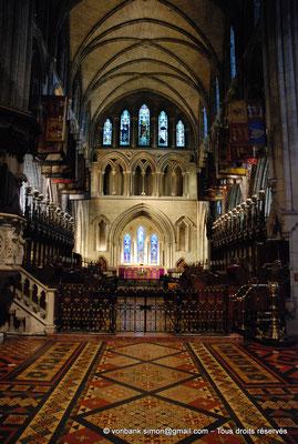 [NU002p-2016-0138] Dublin - Cathédrale Saint-Patrick : Nef et choeur