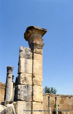 [009-1985-24] Dougga (Thugga) : Temple de Junon Cælestis