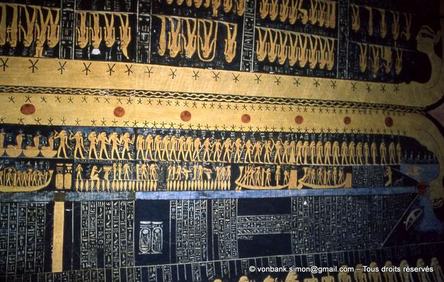 [066-1981-29] KV 9 Ramsès VI : Voûte céleste - Partie inférieure : Livre du Jour - Partie supérieure : Livre de la Nuit (Chambre funéraire)