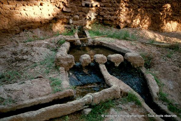 [023-1980-64] Timimoun - Peigne de distribution de l'eau provenant des foggaras
