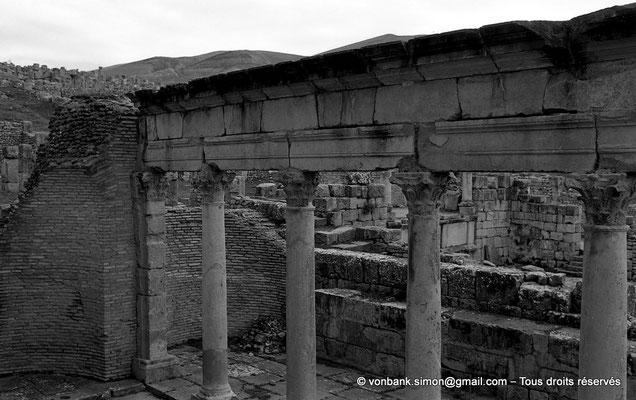 [NB033-1978-04] Djemila (Cuicul) : Basilique judiciaire (à proximité du Temple Septimien)