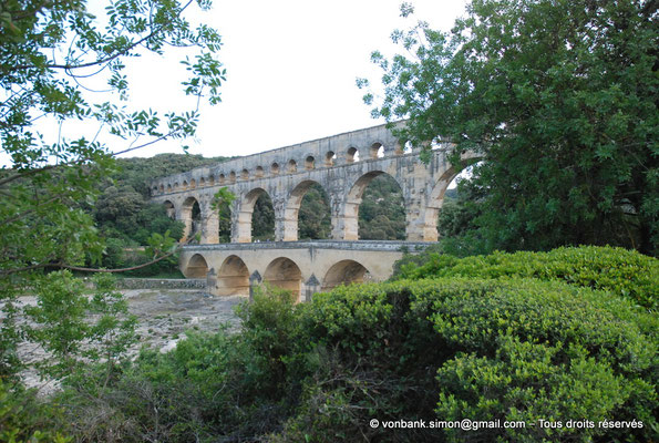 [NU001j-2018-0022] Nîmes (Nemausus) - Pont du Gard : Façade orientale