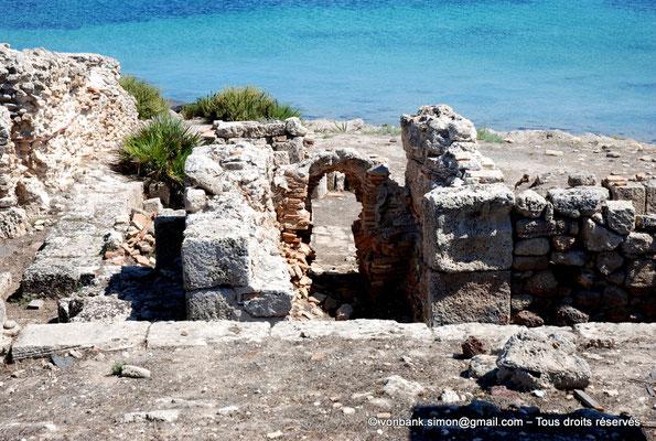 [NU904-2015-220] Tharros (Sardaigne) : Thermes 1
