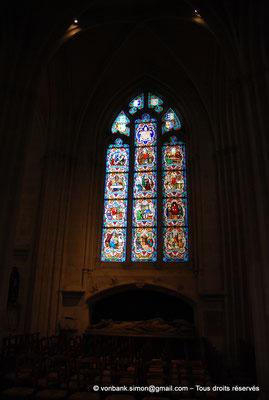 [NU002k-2016-0036] 29 - Quimper - Cathédrale Saint-Corentin : Chapelle de Saint-Yves (vitraux du XIX°) [23]