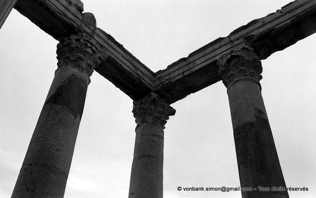 [NB033-1978-03] Djemila (Cuicul) : Temple Septimien