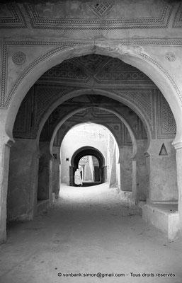 [NB063-1978-14] Temacine-Tamelhat - Rue avec passages couverts