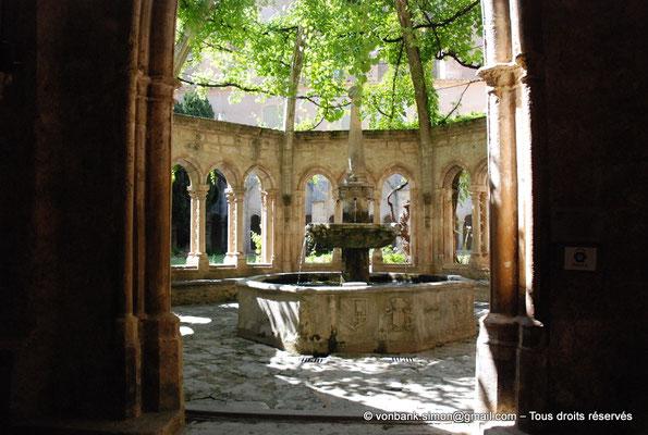 [NU001-2017-604] 34 - Villeveyrac - Valmagne : Fontaine-Lavabo